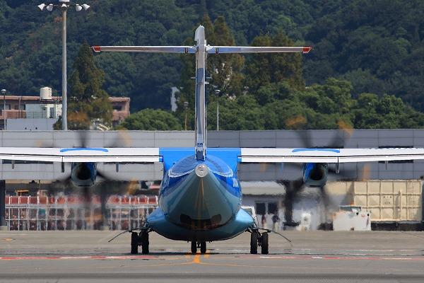 AMX ATR-42-600 JA01AM RJOM 150922 02