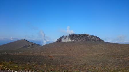 溶岩ドームがドーン!