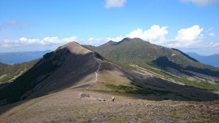 932峰へ登ってから、風不死岳?