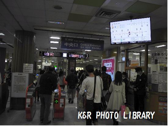 3月22日地下鉄天神駅