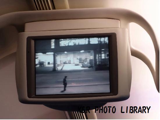 3月22日福岡空港JAL機内4