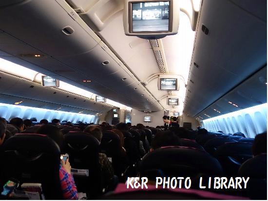 3月22日福岡空港JAL機内5