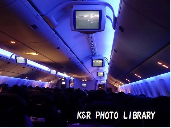 3月22日福岡空港JAL機内6