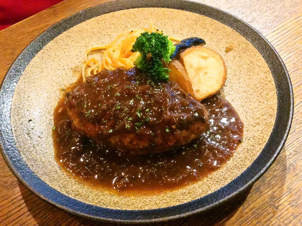 俺のハンバーグ山本渋谷食堂(アボカドチーズ)