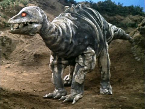化石怪獣 ステゴン