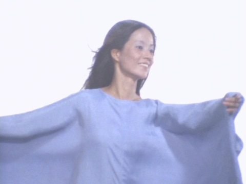 マザラス星人(人間体 演:原知佐子)
