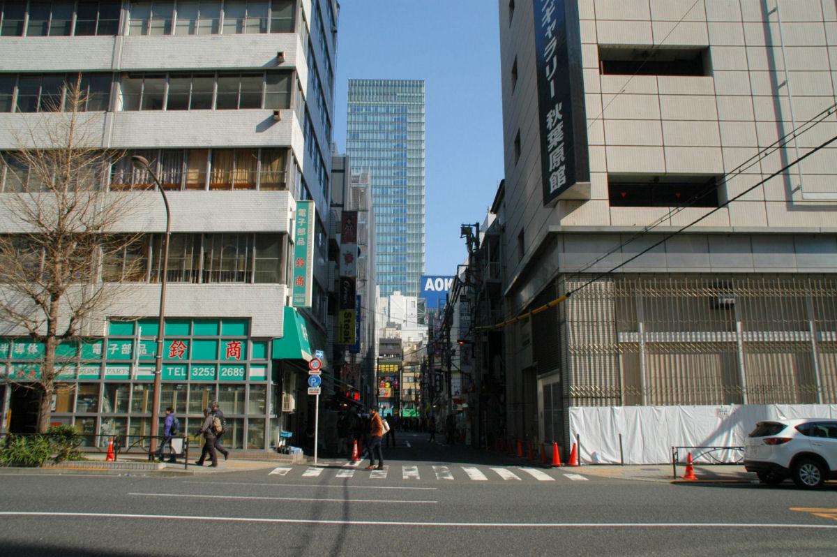 akiba15020094.jpg