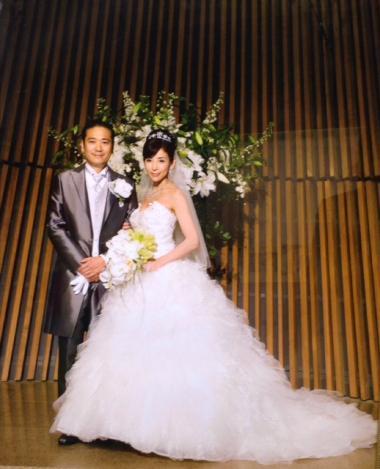 s20151001川島直美さん白ドレス結婚写真