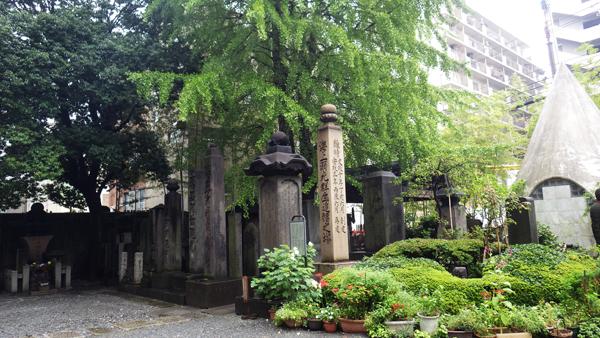 回向院の墓