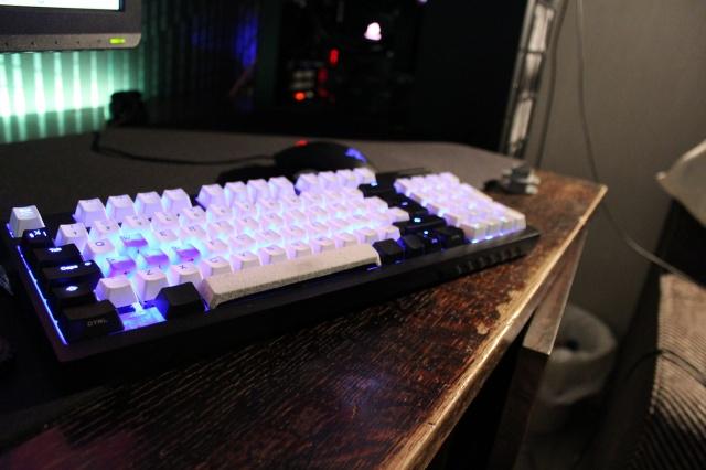 Mechanical_Keyboard53_90.jpg