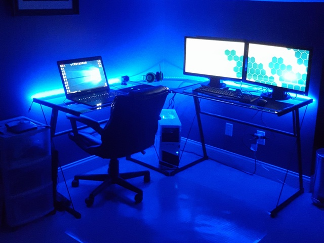 PCdesk_MultiDisplay53_22.jpg