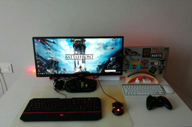 PCdesk_UltlaWideMonitor6_04.jpg