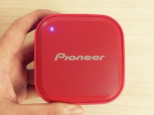 Pioneer_MOMO_01.jpg