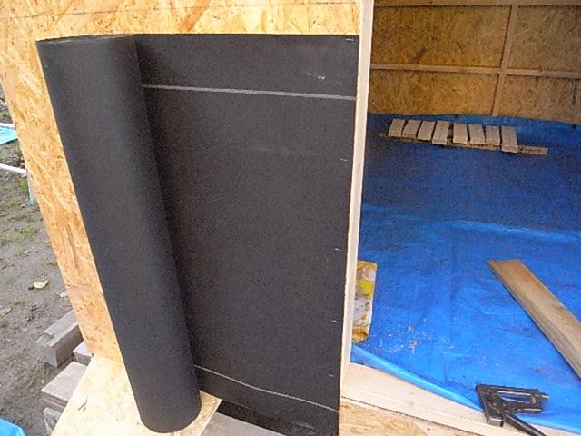 壁防水紙張り