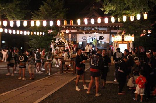 牛倉神社例大祭 神社境内
