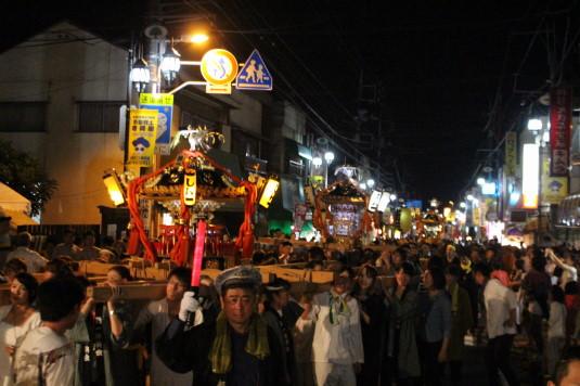 牛倉神社例大祭 国道20号