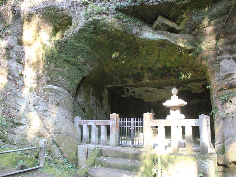 東慶寺墓苑1