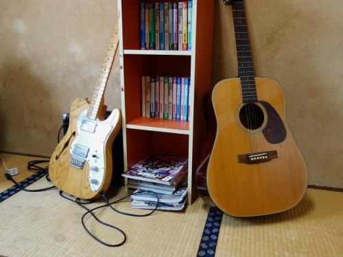 個室ギター