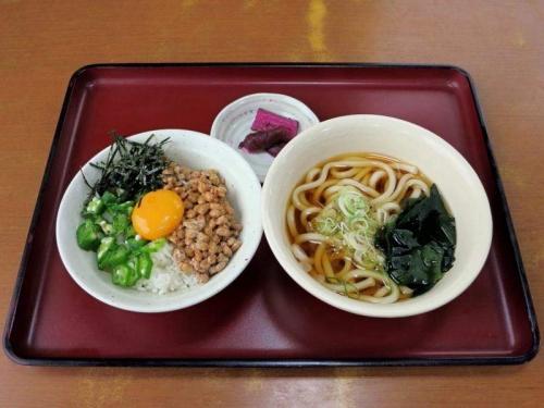 納豆オクラ丼朝定食