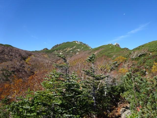 10月3日 空木岳ピーク.右のが駒石.