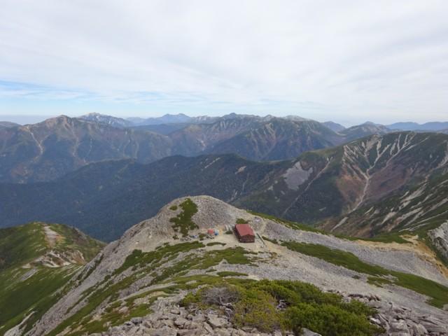 10月10日 真ん中の黒いのが,黒岳こと水晶岳