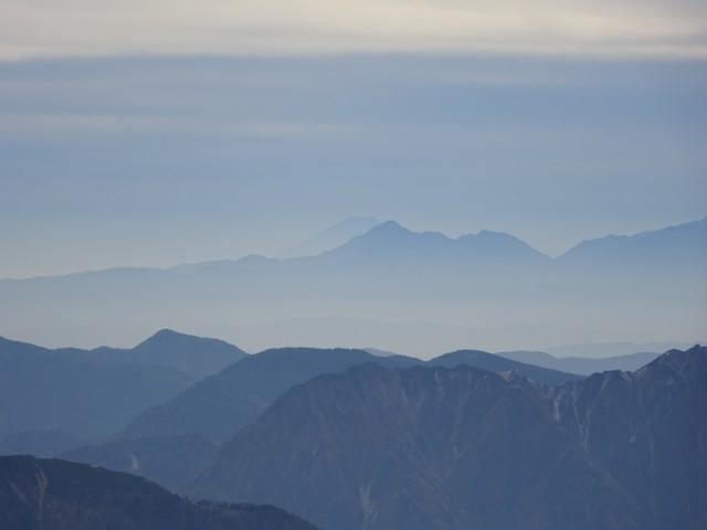 10月10日 南ア甲斐駒岳なめの富士山
