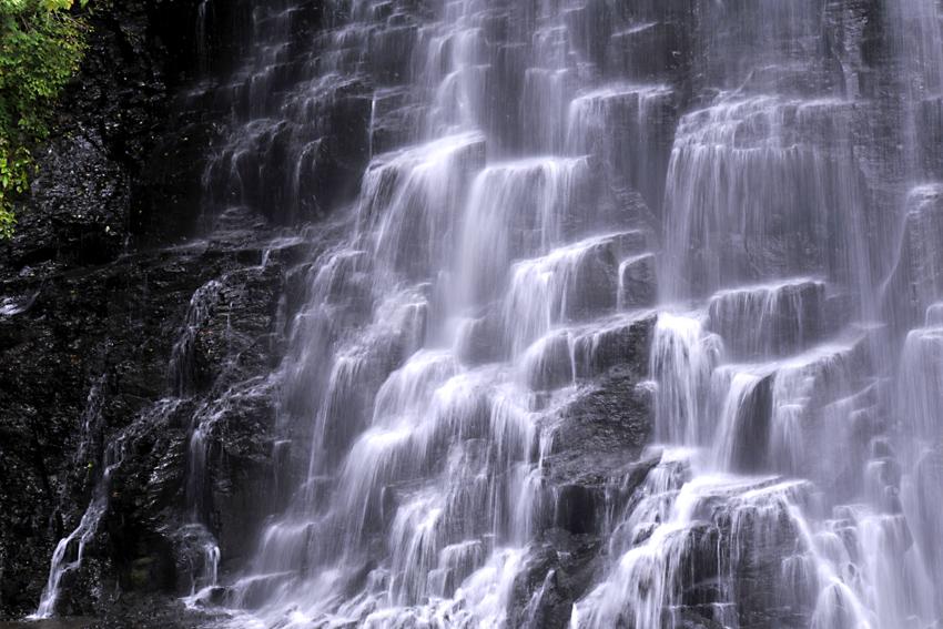 乗鞍高原の滝01