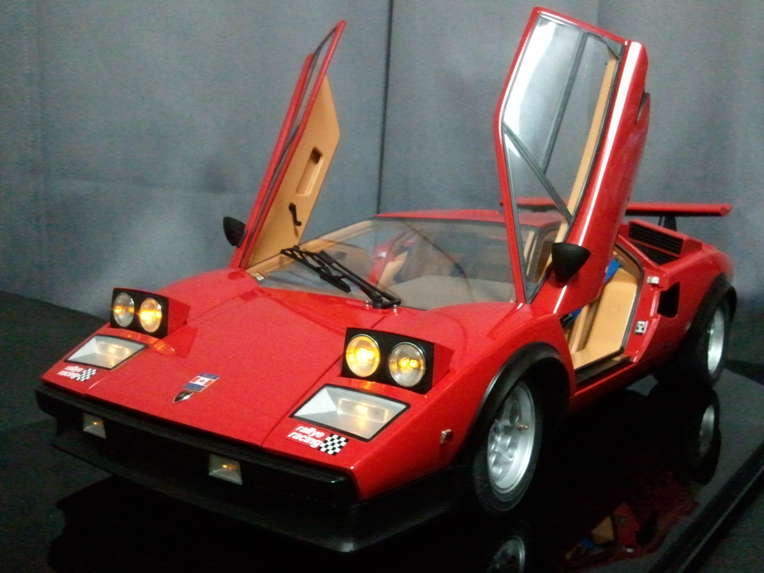 Deagostini Lamborghini Countach Lp500s Walter Wolf 1 8 Scale Model