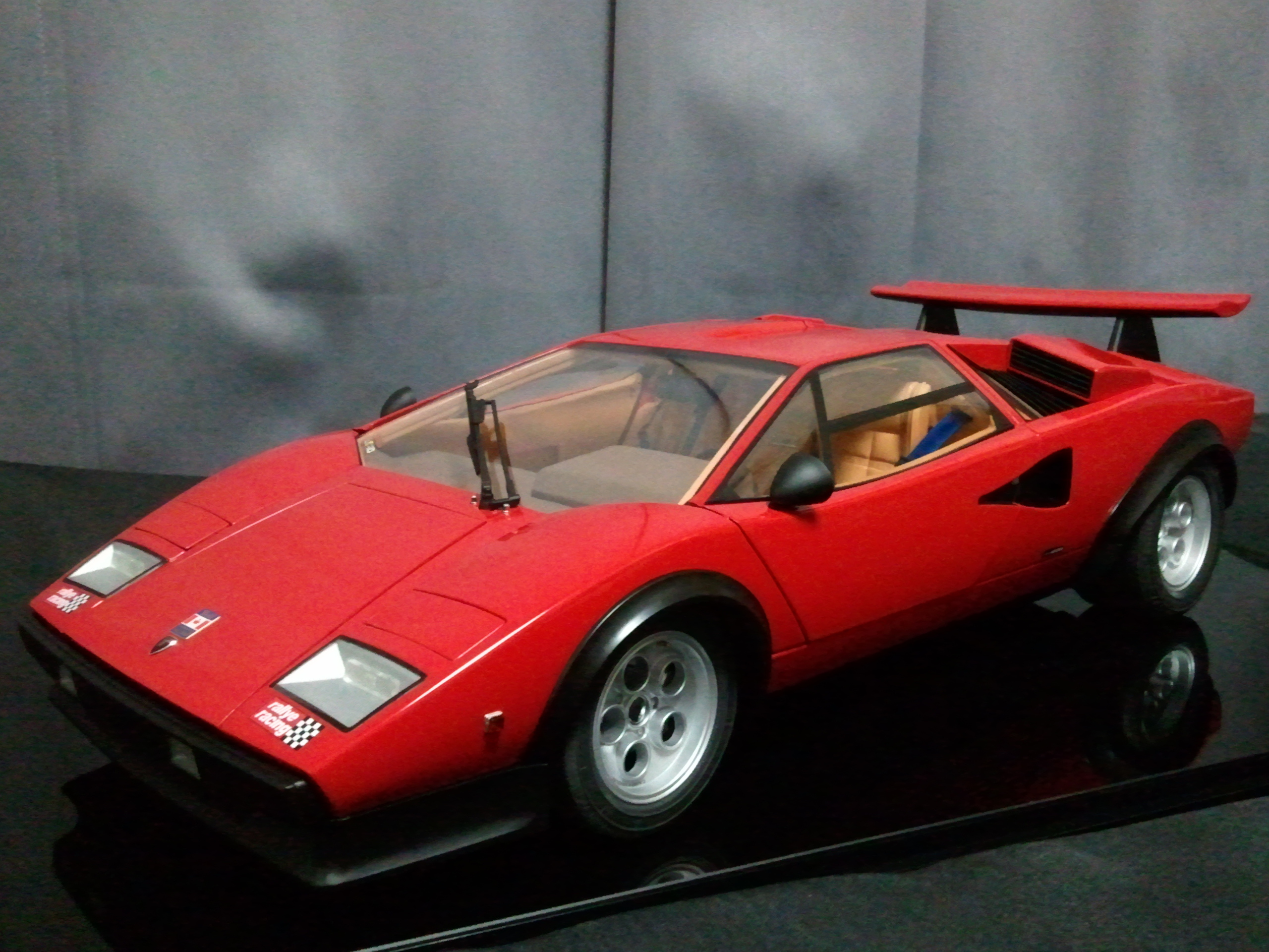 deagostini lamborghini countach lp500s walter wolf 1 8 scale model kit set ebay. Black Bedroom Furniture Sets. Home Design Ideas