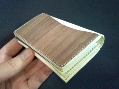 VARCO REAL WOOD 革製カードケース1