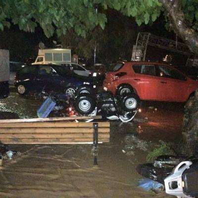 floods-greece-3スコペロス島の洪水
