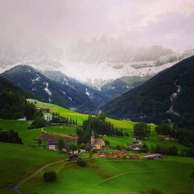12049682_1728571770699250_北イタリア、ドロミテに冬到来