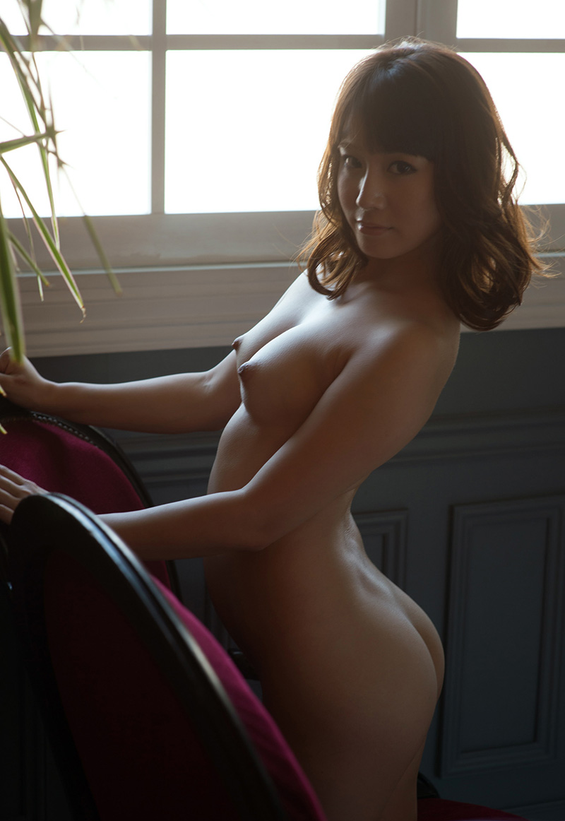 【No.24736】 Nude / 初川みなみ