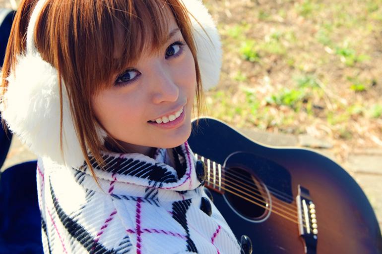 美麗グラビア × 並木優 寒さとギターと可愛い笑顔と