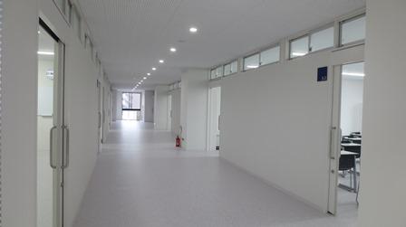 細田学園廊下