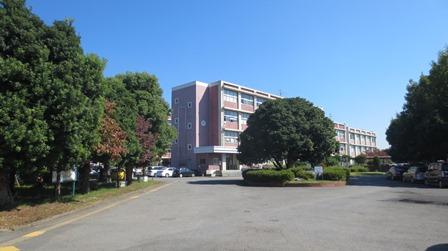 越谷北 校舎