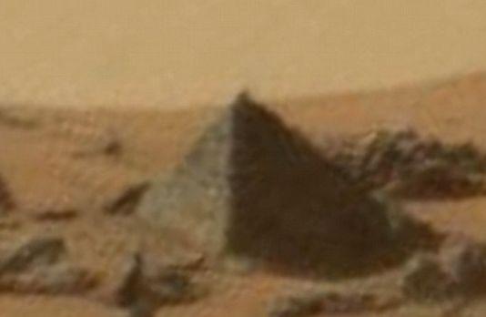 mars_piramiddo20150928.jpg
