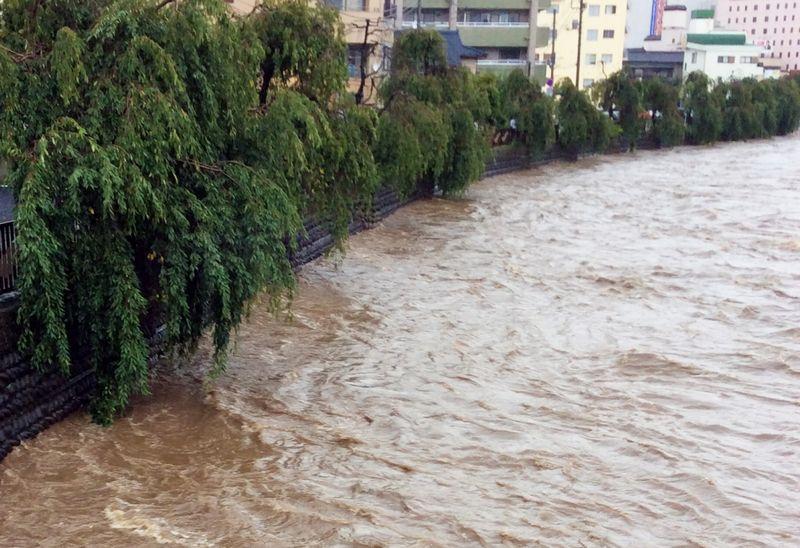 【大雨特別警報】避難しない人々…仙台で41万人に避難勧告→避難した人はわずか1%未満の3094人だった