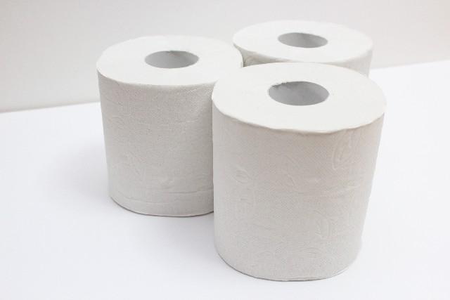 【災害対策】スーパーで「トイレットペーパー」の品切れが続出!