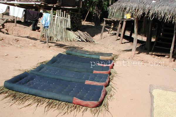 タイ・ルー族の織物