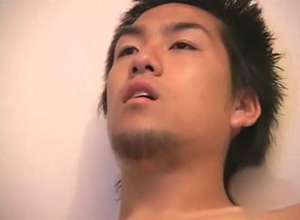 ゲイ動画:男前ノンケ部屋ジュルジュルオナニー !!