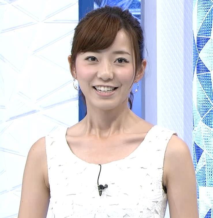内田嶺衣奈   ノースリーブキャプ画像(エロ・アイコラ画像)
