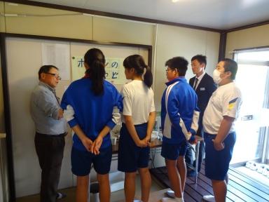 城南中学校生徒にも手伝って頂きました。