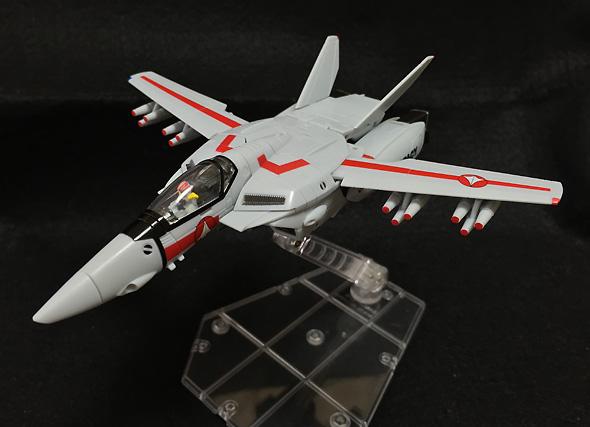 HI-METAL R 超時空要塞マクロス 愛・おぼえていますか VF-1J アーマードバルキリー 約145mm ABS&PVC&ダイキャスト製 塗装済み可動フィギュア