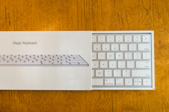 Apple_MagicKeyboard_WirelessKeyboard_01.jpg
