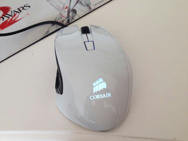 MMO_Gaming_Mouse_10.jpg
