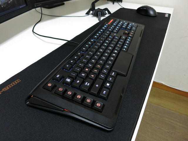 Mouse-Keyboard1508_02.jpg
