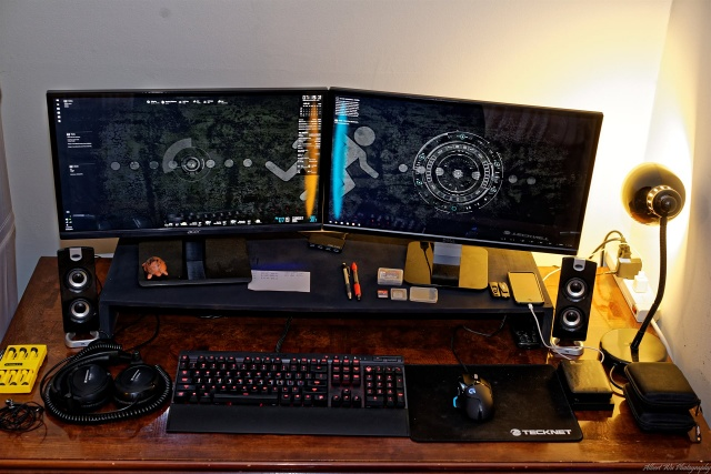 PCdesk_MultiDisplay54_08.jpg