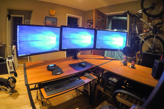 PCdesk_MultiDisplay54_59.jpg