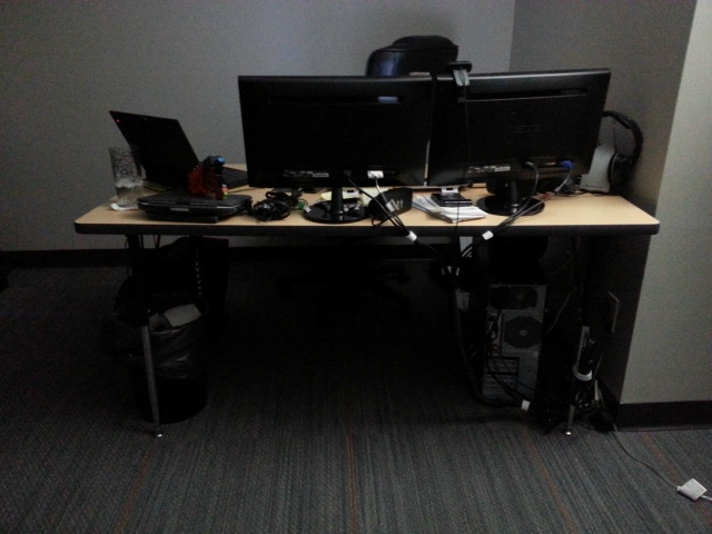 PCdesk_MultiDisplay54_78.jpg